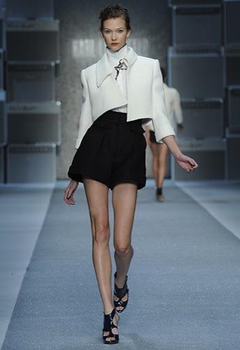 Karl Lagerfeld, Primavera-Verano 2010 en la Semana de la Moda de París VI