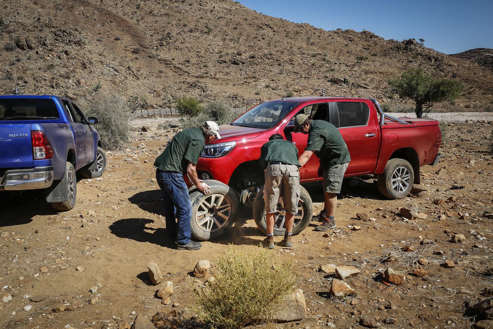 Foto de Toyota Hilux 2016 Namibia (69/74)