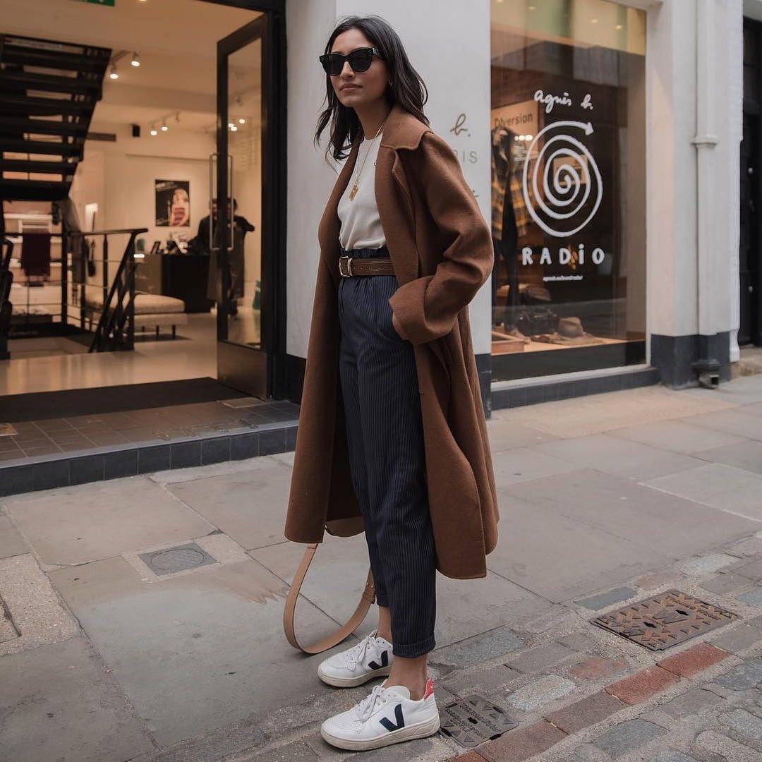 apretón Repulsión tienda  Las zapatillas Veja son las favoritas de celebrities como Emily Ratajkowski  y Katie Holmes y estos modelos de piel son ideales para la primavera