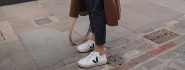 Las zapatillas Veja son las favoritas de celebrities como Emily Ratajkowski y Katie Holmes y estos modelos de piel son ideales para la primavera