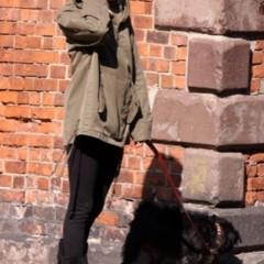 Foto 21 de 22 de la galería sal-a-pasear-al-perro-con-estilo-copia-a-sienna-miller en Trendencias
