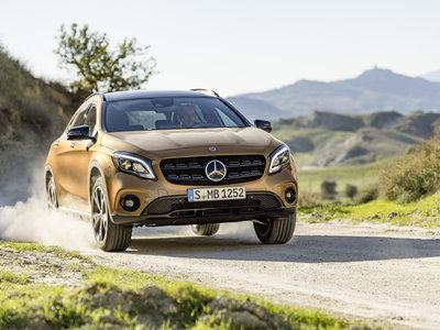 Mercedes-Benz GLA 2017: más equipamiento, nuevo motor y cambios estéticos para Detroit