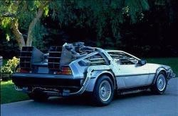 El DeLorean transformado en una máquina del tiempo