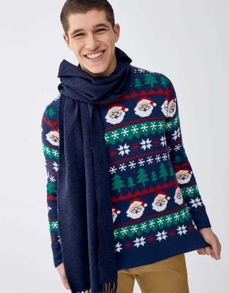 La Navidad De Pull Bear Trae Con Ella Los Mejores Sueteres Que Podemos Lucir Junto Al Arbol 1