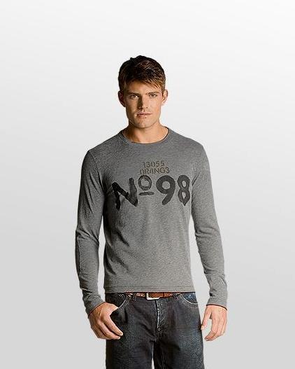 Camiseta 98 Boss gris