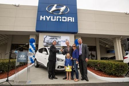 El primer particular adquiere el Hyundai ix35 FCEV en California