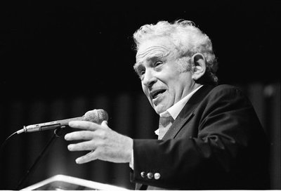 Norman Mailer reflexiona sobre la escritura en 'Un arte espectral'