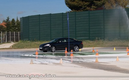 Jornadas Volvo de Conducción Segura 2012 Jarama 04