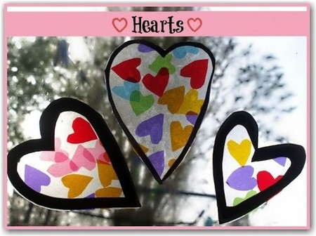 Manualidad con niños para San Valentín: corazones coloristas para colocar en las ventanas