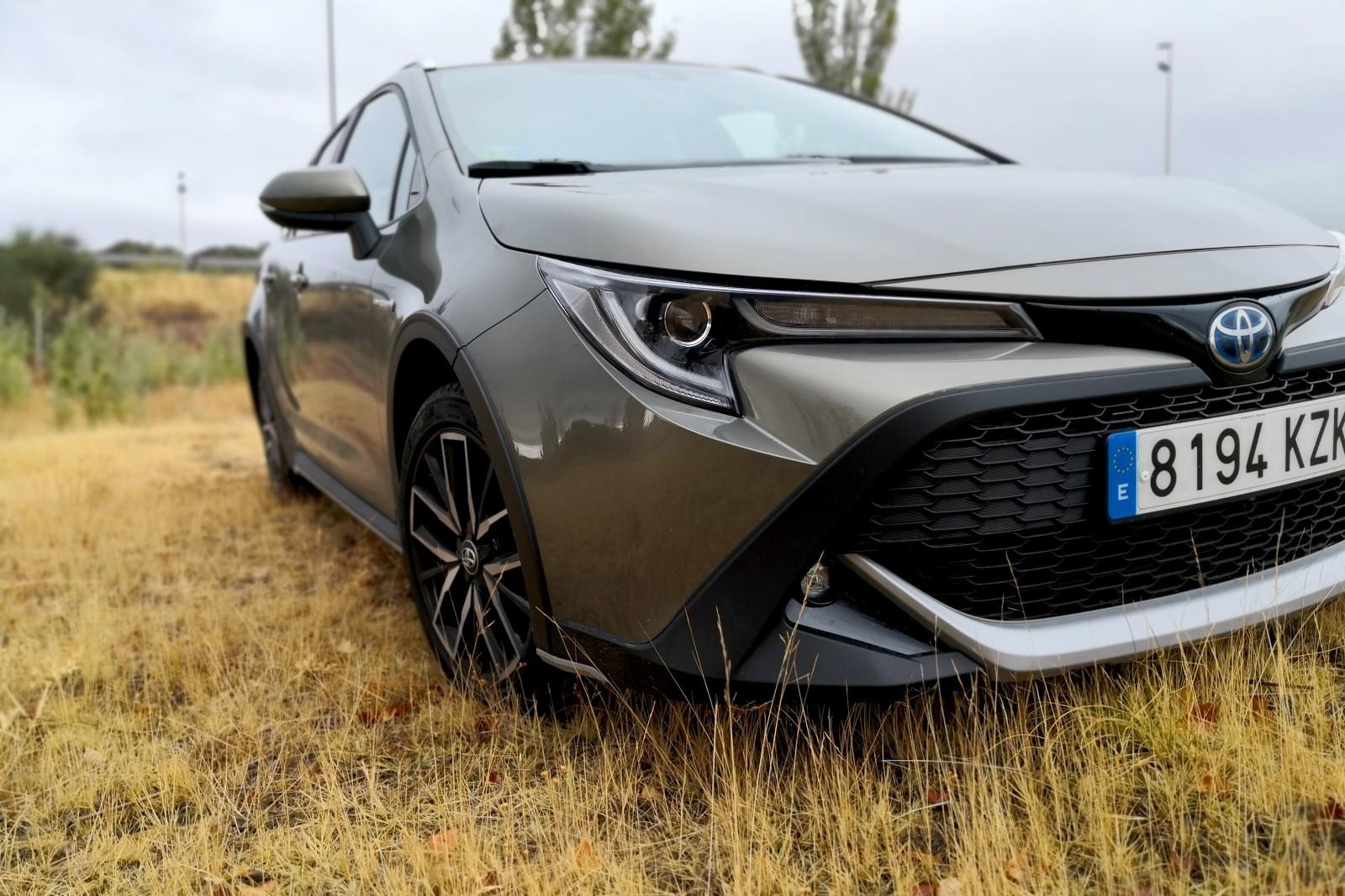 Foto de Toyota Corolla Trek - Imágenes exteriores (25/31)
