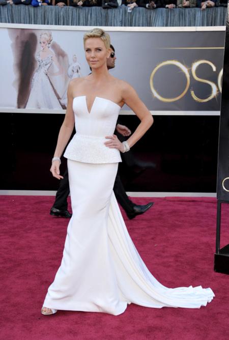 Charlize Theron Oscar 2013