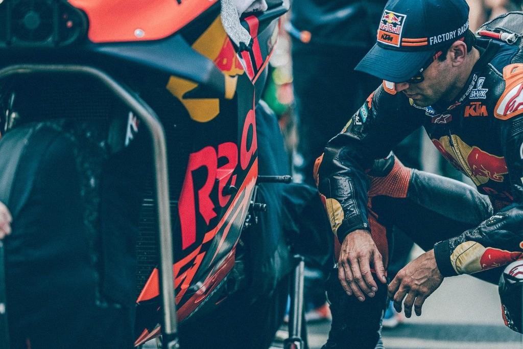 La penitencia de Johann Zarco: de piloto oficial KTM a perder su asiento y toda la confianza de la marca