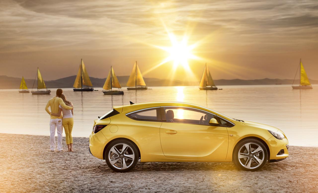 Foto de Opel Astra GTC (17/90)