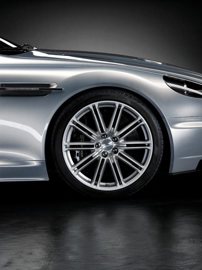Foto de Aston Martin DBS (17/93)