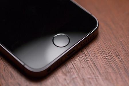 ¿La evolución del Touch ID? Apple patenta una pantalla que puede leer huellas digitales sin un sensor específico