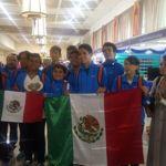 Estudiantes mexicanos brillan en competencia de matemáticas