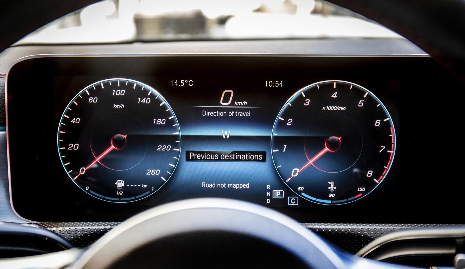 Foto de Mercedes-Benz CLA Coupé 2019, toma de contacto (214/248)