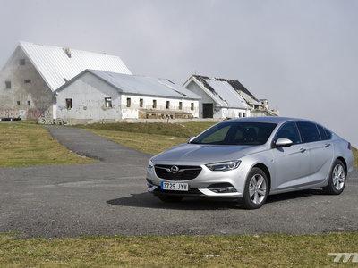 Opel Insignia Grand Sport, a prueba: una berlina para viajar, tan cómoda como poco sedienta