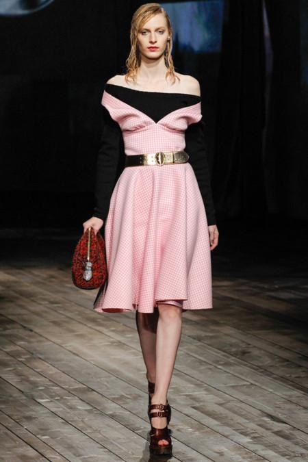 Vestido rosa palo de Prada Otoño-Invierno 2013/2014