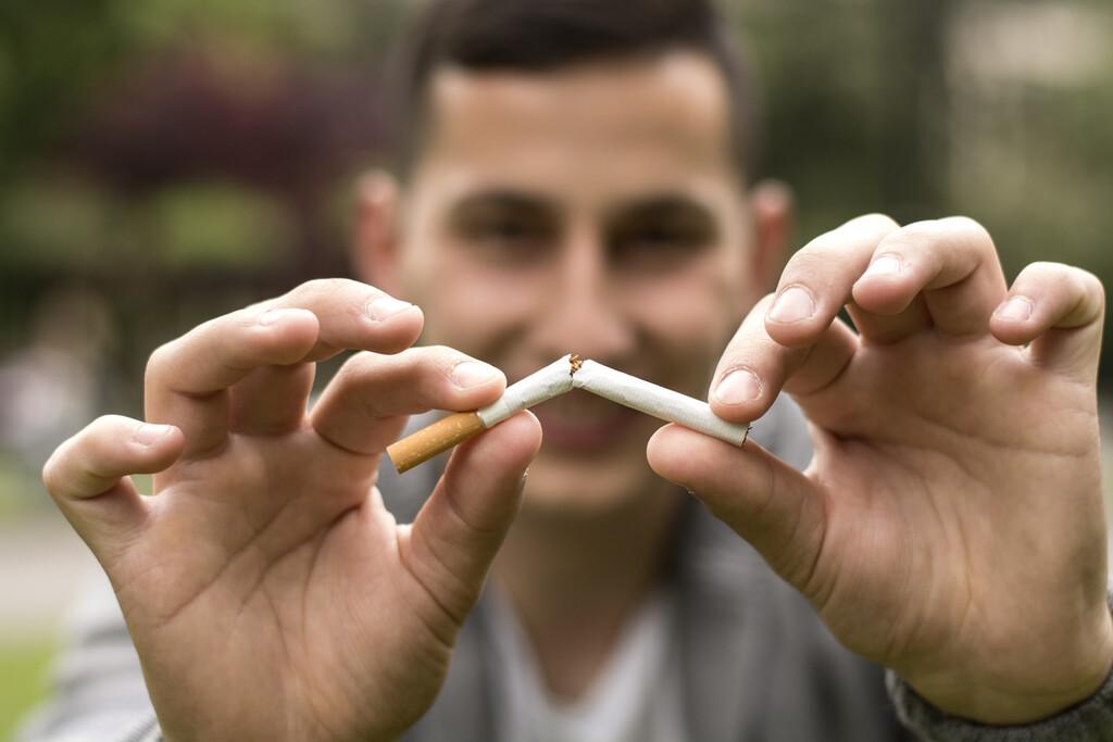 Todos los consejos de los expertos para dejar de fumar sin sufrir recaídas