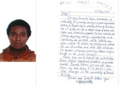 Una compradora de Saks Fifth Avenue se encuentra en una de sus bolsas una carta de un prisionero