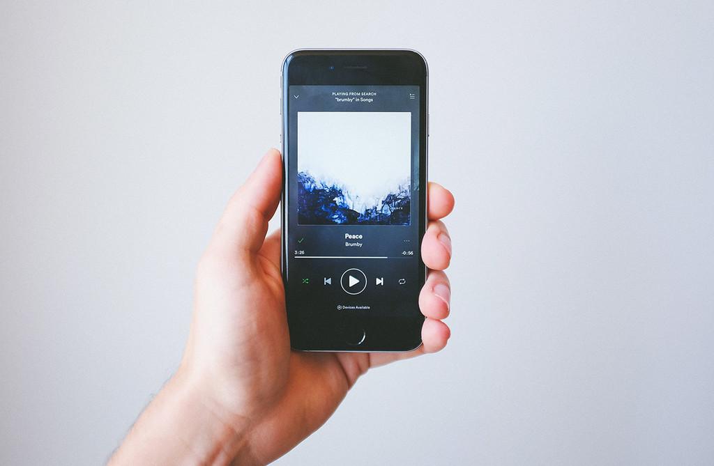 Spotify y otras apps no funcionan en el iPhone debido a un error en el SDK de Facebook