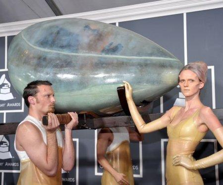 llegada grammy 2011 lady gaga