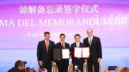 El gobierno de México y la empresa Alibaba firman un acuerdo para impulsar a las PyMEs por la plataforma