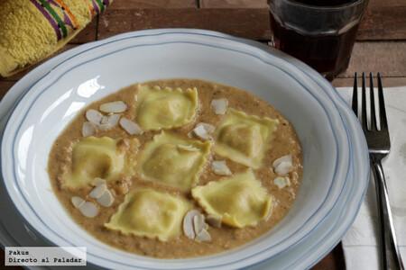 Cómo hacer ravioli caseros de setas y almendras, receta de pasta fresca