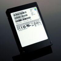 Samsung lanza por fin sus unidades SSD de 16 TB, pero no quiere asustarnos con el precio