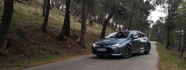 Personalidad y confort a los mandos del Toyota Corolla sedán