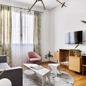 Ana Locking se estrena en el sector del interiorismo con la decoración de varios apartamentos turísticos en Málaga, tan originales como éste
