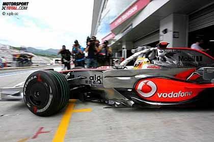 Lewis Hamilton, el más rápido por delante de Massa