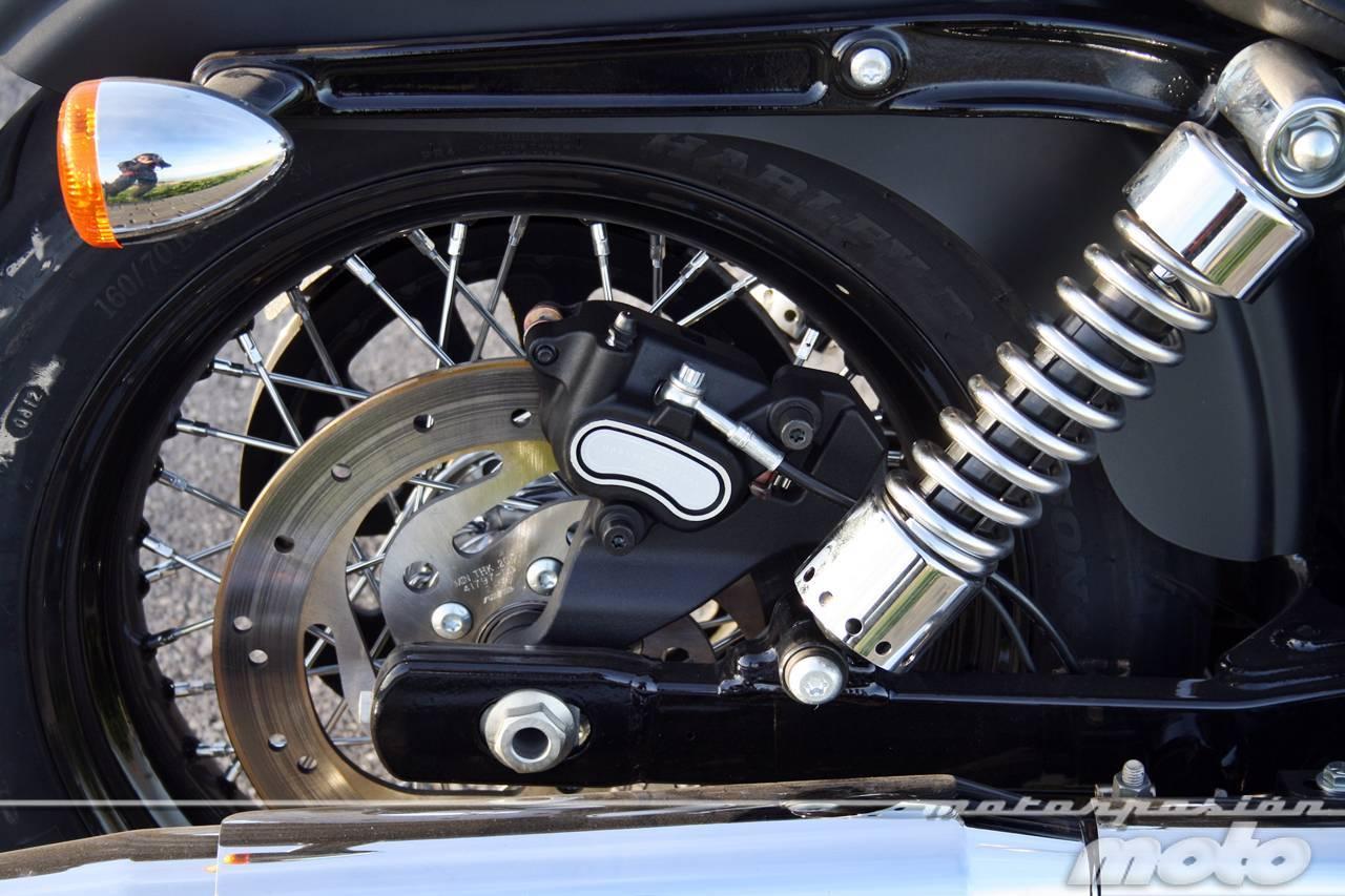 Foto de Harley Davidson DYNA Street Bob, prueba (valoración, ficha técnica y galería) (28/35)