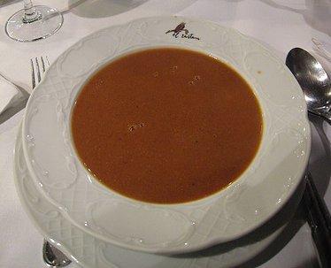 La sopa de marisco, un nutritivo clásico de la Navidad.