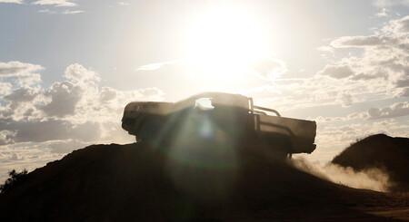 La nueva Ford Ranger calienta su inminente estreno bailando sobre barro, arena y nieve, en este vídeo
