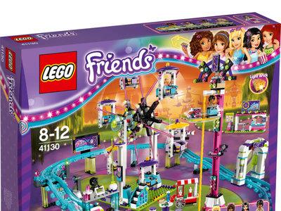 El parque de atracciones con montaña rusa de Lego Friends está rebajado a 74,99 euros con envío gratis