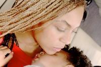 Vas a morir de amor con la nueva foto de Beyoncé con su hija