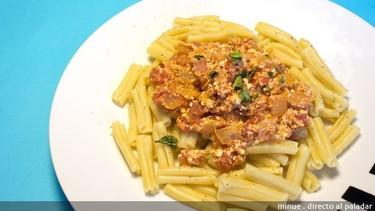 Macarrones con salsa de ricotta y tomate