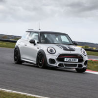El MINI John Cooper Works Challenge es otro juguete ideal para track-days