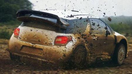 Al Citroën DS3 WRC también lo cazan de test