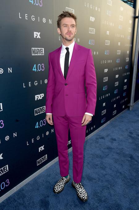 Fusia Suit Men Spring Summer 2018 Red Carpet Looks Dan Stevens Victor Dixon 02