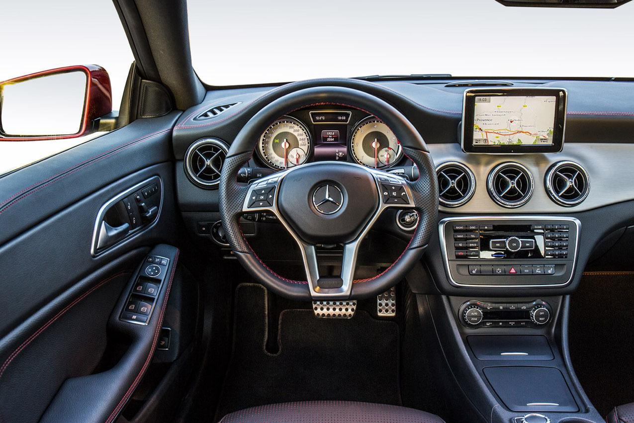 Foto de Mercedes-Benz Clase CLA (Saint-Tropez) (49/51)