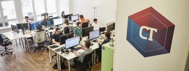 Cerré mi oficina para siempre debido a la pandemia: empresas españolas que se han pasado al teletrabajo 'full remote'