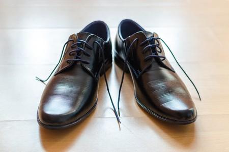 Chollos en tallas sueltas de zapatos, botas y mocasines para hombre  Clarks, Dunlop o Geox por menos de 40 euros en Amazon