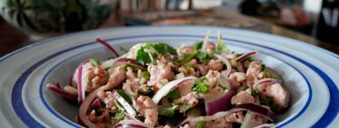 Laab gai: receta fácil de la clásica ensalada tailandesa de pollo que siempre triunfa