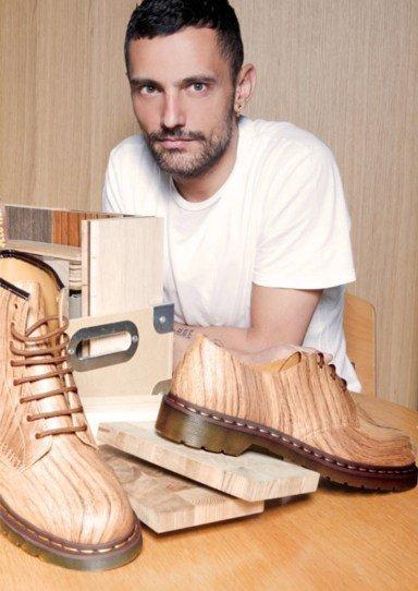 Dr. Martens y David Delfin unidos por una bota... de madera