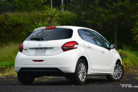 Peugeot 208 2019 3