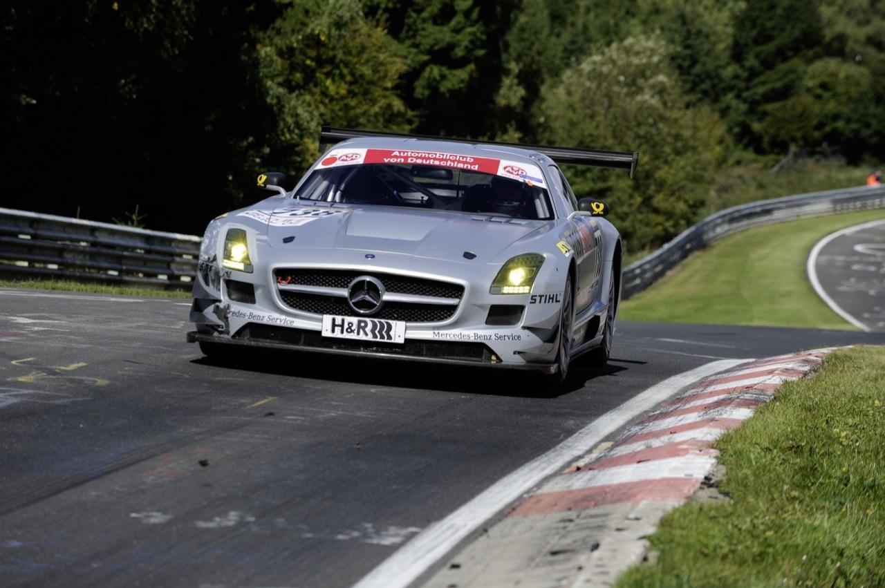 Foto de Mercedes SLS AMG GT3, accidentado debut (5/6)