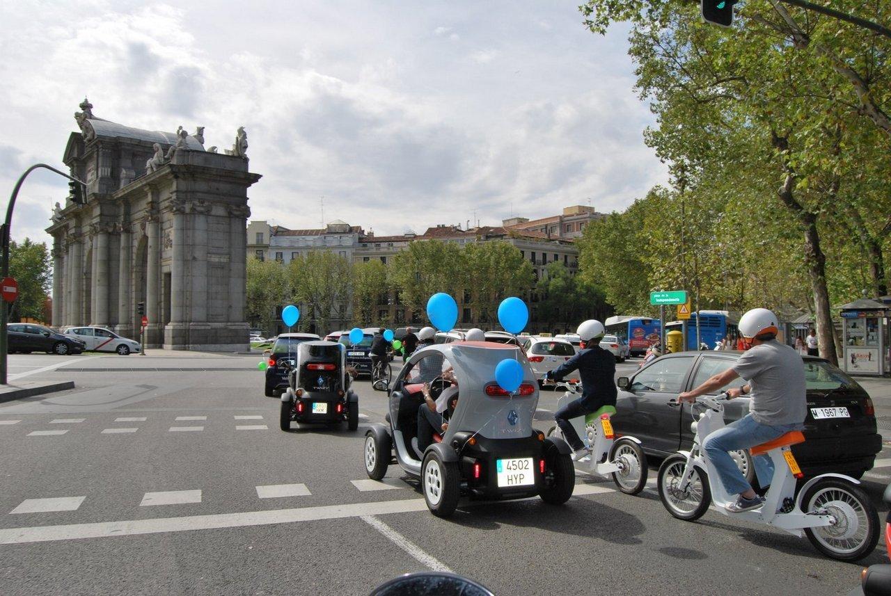 Foto de II Marcha vehículo eléctrico en Madrid (8/9)